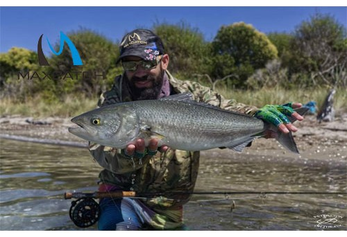 How to use pike fly fishing equipment?